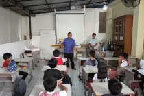 Red Walet ajarkan aeromodelling ke anak SD