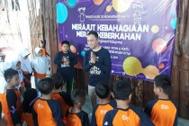 Lebaran anak yatim, Jasindo edukasi kelestarian laut ke 200 anak yatim