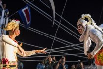 Taruna AAL perkenalkan budaya Indonesia