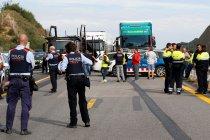 Polisi Prancis bubarkan massa yang blokir jalan utama dengan Spanyol