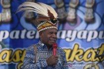 Mathius Awoitauw:  Masyarakat Adat Harus Bermartabat dan Mandiri