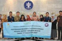 Korindo serahkan beasiswa senilai Rp 125 juta untuk mahasiswa berprestasi