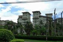 Nunggak pajak, sejumlah hotel di Anyer dipasangi spanduk peringatan