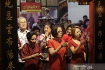 Berbagai atraksi warnai perayaan Imlek di Gorontalo