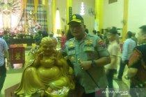 Kapolda Sumut tertarik Patung Budha di Wihara Setia Budi