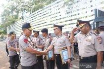 Tiga anggota Polda NTT dapat penghargaan dari Kapolri
