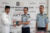 151 paspor calon haji diserahkan Imigrasi Batulicin-Kalsel