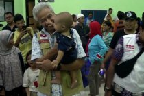 Gubernur Jateng lakukan pemulihan trauma ke pengungsi korban banjir