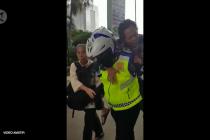 Ombudsman beri penghargaan ke polisi yang gendong penderita jantung