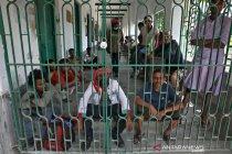 """India rencana persempit """"lockdown"""" ke wilayah sebaran corona"""