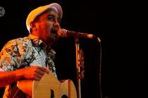 Glenn Fredly dalam kenangan, sederet lagu hits dan penghargaan