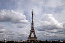 Masjid di dua kota Prancis dijaga polisi usai terima ancaman