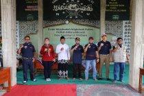 Wagub Lampung dan Komunitas Suzuki Jimny bagikan sembako untuk ponpes