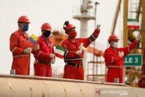 Iran sebut tetap kembangkan industri minyak kendati terkena sanksi AS