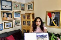 Kisah Sunarni Puji Lestari, pelukis yang berkarya di Inggris