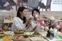 Pemandangan indah dan kuliner lezat di kota Wenchang