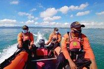 Tim SAR gabungan cari korban tenggelam di Pantai Rawajarit Cilacap