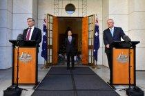 Menkes Australia Greg Hunt masuk rumah sakit usai divaksin