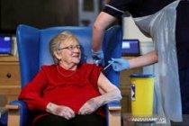 Dokter Inggris serukan perpendek masa tunggu suntikan vaksin Pfizer