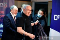 Israel: Palestina akan terima vaksin pertama Rusia pada Selasa