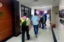 Tim penyidik KPK geledah Gedung DPRD Provinsi Jabar