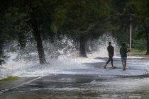 BMKG: Waspadai gelombang tinggi 2,5 - 4 meter di Manado