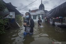 Kemarin, banjir di Kalimantan Selatan hingga gempa di Sulawesi Barat