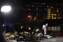 Satu minggu operasi pencarian korban dan puing Sriwijaya Air SJ182
