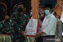 Panglima TNI salurkan bantuan Presiden untuk korban banjir Kalsel