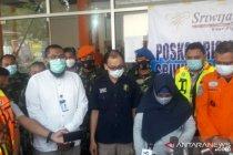 Hari ini dua jenazah kecelakaan pesawat tiba di Bandara Supadio