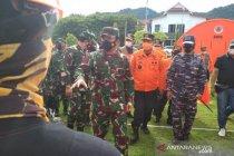 Panglima TNI kerahkan KRI Soeharso bantu korban gempa di Mamuju