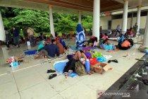 Kemensos dirikan tenda pengungsian di Stadion Manakarra Mamuju