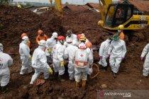 Longsor di Sumedang-Jabar, SAR sebut 32 orang tewas sudah ditemukan