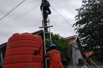 Jaringan listrik normal, korban gempa bumi Mamuju sambut gembira