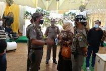 Pemkab Banyumas persilakan TNI/Polri bubarkan hajatan selama PPKM