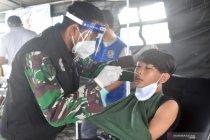 Tiga korban gempa Mamuju siap dioperasi di KRI dr Soeharso-990