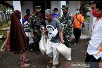 Satgas: Disiplin prokes COVID-19, saat penyaluran bantuan bencana