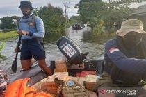 Tim SAR TNI Angkatan Laut jangkau daerah terisolir banjir di Kalsel