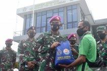 TNI AL salurkan bantuan 25 desa terdampak bencana di Sulawesi Barat