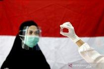 Vaksinasi COVID-19 bagi tenaga kesehatan di Aceh