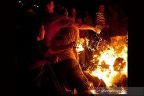 Seorang pria nekat bakar diri di depan kantor pemerintahan Belarusia