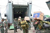 Tiga kapal TNI AD angkut bantuan kemanusiaan ke Kalsel dan Sulbar