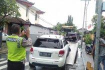 Ambulans bawa tiga pasien COVID-19 alami kecelakaan di Bali