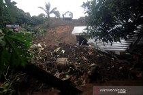 Dampak bencana tanah longsor di kota Manado