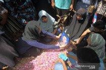 Pemakaman korban kecelakaan Sriwijaya Air di Padang