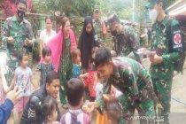 TNI bantu penyembuhan trauma pada anak di lokasi banjir Kalsel