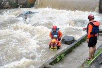 Simulasi penanggulangan korban banjir