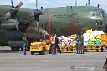 Polri salurkan 174 ribu paket sembako untuk Sulbar dan Kalsel