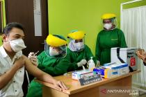 Metro laksanakan vaksinasi perdana COVID-19