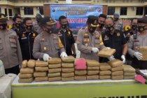 Polres Mandailing Natal gagalkan penyelundupan 570 kilogram ganja
